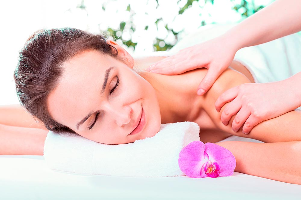Facial Massage And Facial Cleansing