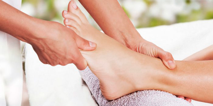 Tips: How to do foot massages